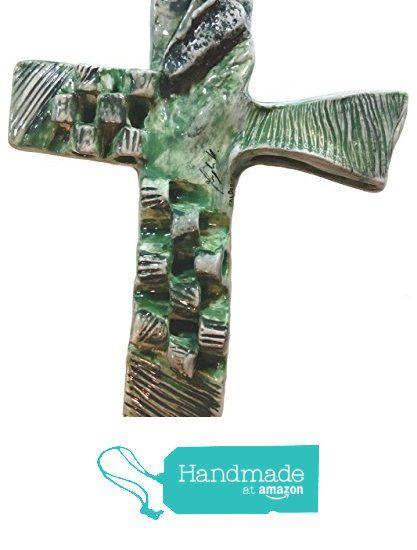 crocifisso in ceramica firmato ITALDESIGNFOGLIARO Materiale: ceramica bianca N°C000004 da ITALDESIGNFOGLIARO https://www.amazon.it/dp/B01NBZF2WO/ref=hnd_sw_r_pi_dp_0HdmzbEK3E82G #handmadeatamazon