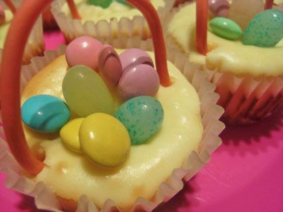 Easter Cheesecake Baskets | Recipes to make | Pinterest