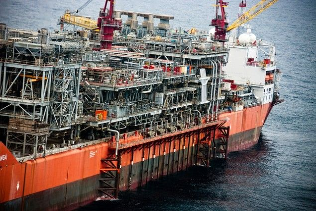 bonga fpso shell oil production | Oil & Gas and Marine #offshore #beauty #engineering  Shared by Winston Ang https://sg.linkedin.com/pub/winston-ang/2b/352/a18