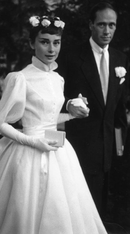 Audrey Hepburn & Mel Ferrer on their wedding day in Switzerland (Dress by  Balmain). September Audrey might be one of the few who can pull this style  off.