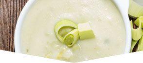 Zuppa di porri patate e mele con tofu glassato al sesamo