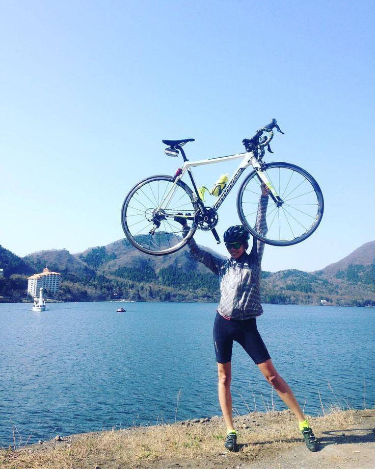 いいね!174件、コメント6件 ― Miho Ishigakiさん(@ishigakimiho.1)のInstagramアカウント: 「榛名湖!!! Caad10+ポーズ✨ #榛名山 #ハルヒル #榛名湖 #ロードバイク #自転車 #caad10 #キャノンデール #cannondale #sugoi #rapha…」