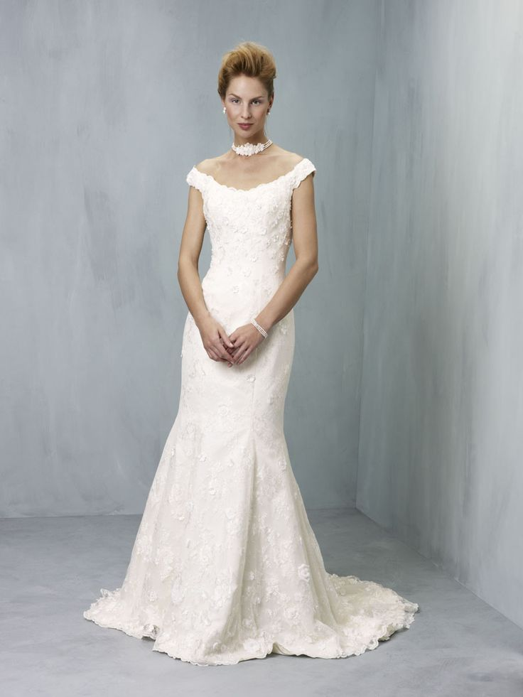 14 best Ian Stuart ~ Wedding Gowns images on Pinterest | Short ...