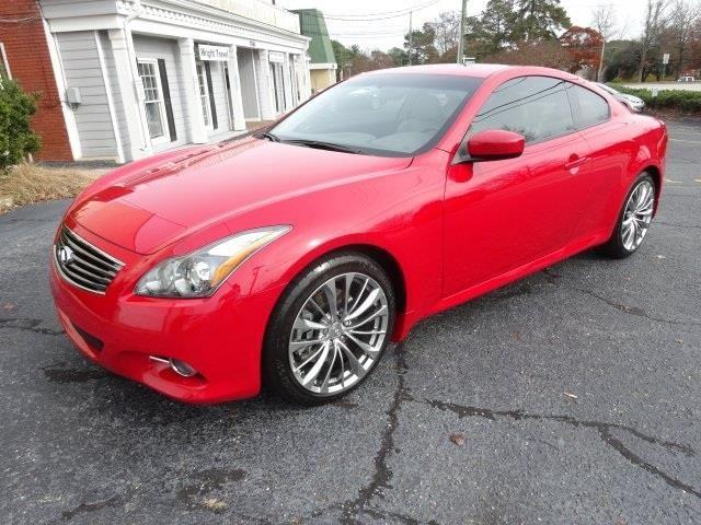 2011 Infiniti G37 - Top 10 Luxury Cars Under $30,000