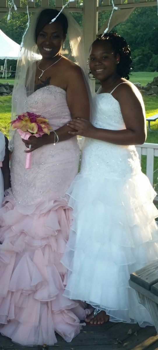 9496e11cc26 Matching bride and mini bride dresses. Jaks Bridal designs flower girl  dresses to match your wedding dress. MB-Eresma