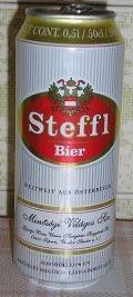 Cerveja Steffl Bier, estilo Bohemian Pilsener, produzida por Soprony Brewery, Hungria. 5% ABV de álcool.