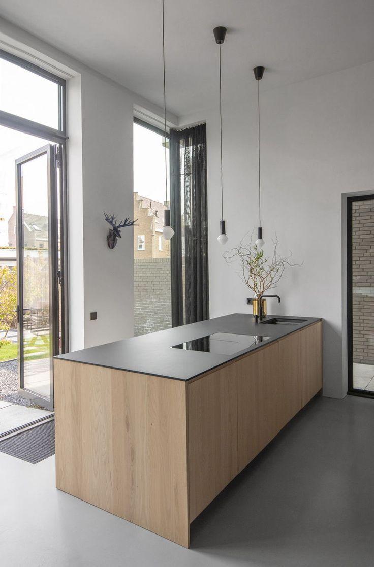 Een Sensueel Mat Zwart Keukenblad Op Maat Gemaakt Van Arpa Fenix Nero De Keuke Kitcheninterior Interi In 2020 Luxuskuchen Innenarchitektur Kuche Haus Kuchen