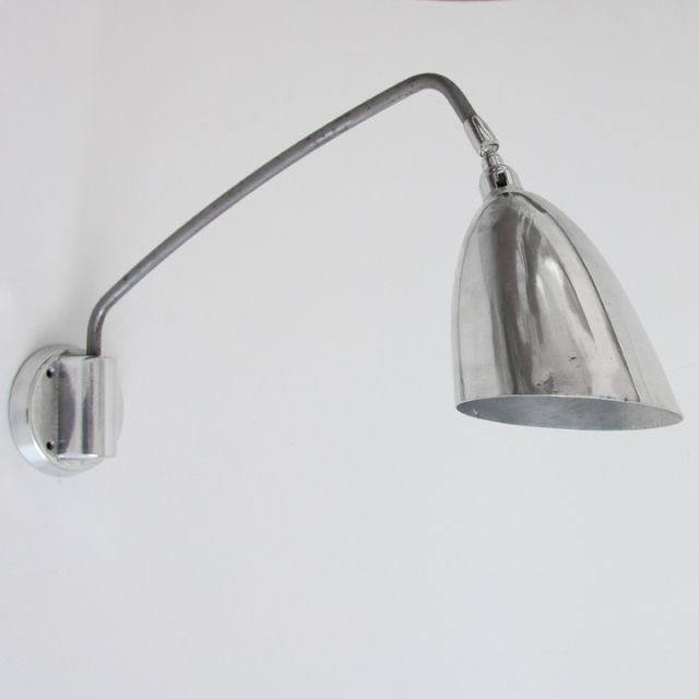 Skinflint design english wall mounted reading lights for Floor mounted reading lamp