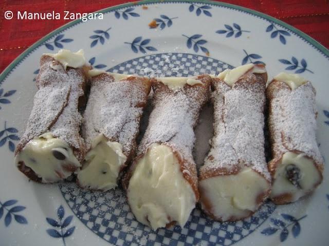 Sicilian cannoli - cannoli siciliani   Recipe   Cannoli ...