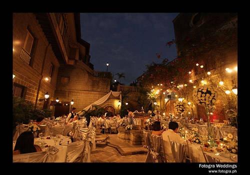 Casa Manila Patio At Night Love Love Love Unusual Wedding Venues Unusual Weddings Wedding Venues