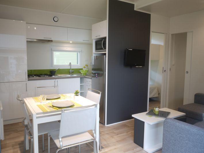 keuken stacaravan   Camping Landes mobil-home taos 6 places 40 m² - 3 chambres ambiance ...