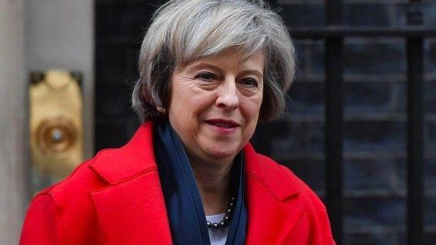 Britische Premierministerin Mays Signal für einen harten Brexit Großbritanniens Regierungschefin strebt einen harten Brexit an. Für eine klare Trennung ihres Landes von der EU will sie offenbar auch den freien Zugang zum Binnenmarkt opfern. Die Nachricht hat erste Folgen.