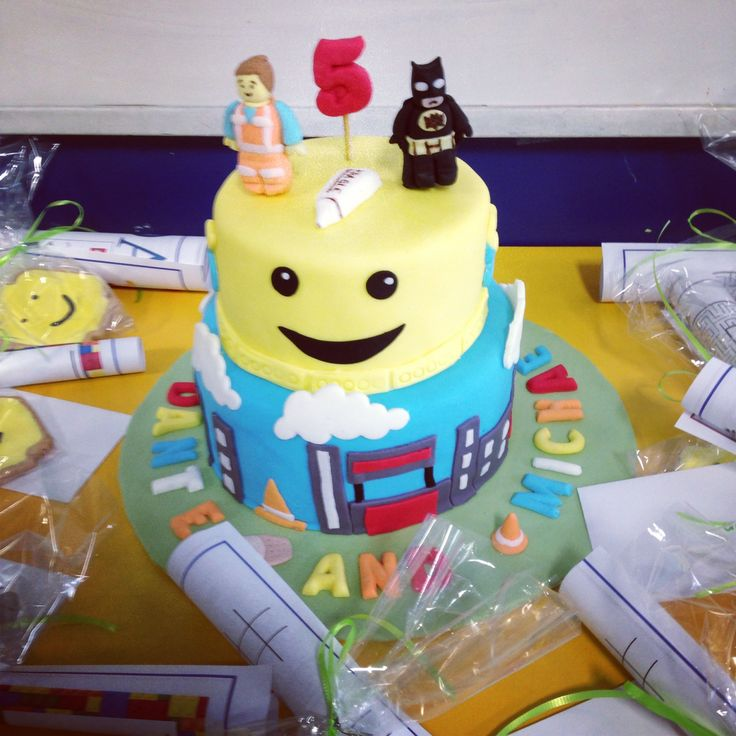 The Lego Movie cake & cookies