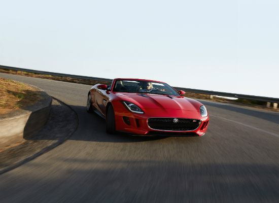 A Feral Cat From Britain: The All New Jaguar F-type [Review]