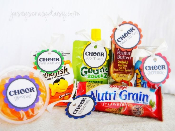 Team Spirit Printables for Team Moms {Bring Some Cheer to Your Team Snacks, Sidelines, and Treat Bags} - Jasey's Crazy Daisy