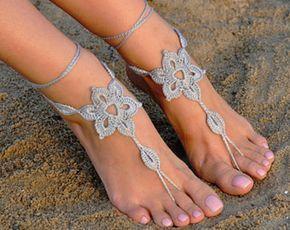 Uncinetto argento sandali a piedi nudi, piedi gioielli, regalo di damigella d'onore, a piedi nudi sandali, spiaggia, cavigliera, scarpe, matrimonio sulla spiaggia, estate scarpe da sposa