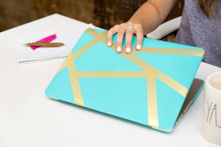 Washi Tape Laptop Case- never settle for a boring laptop case, liven it up with @theduckbrand Washi Tape!