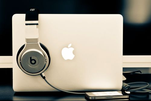 Apple + Dre Beats