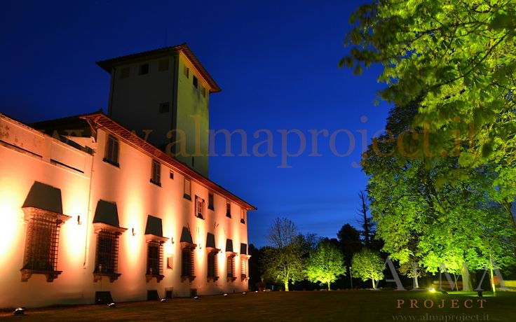 ALMA Project @ Villa Corsini a Mezzomonte - facade LED + tree trees uplights amber 4