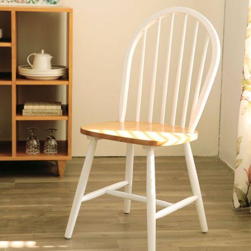 Kursi Windsor Natural White murah dan berkualitas. Jual furniture Kursi Windsor Natural White terbaru pilihan model unik dan bahan berkualitas di Livien Furniture