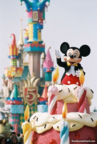 80 best Disneyland Paris images on Pinterest Disneyland paris