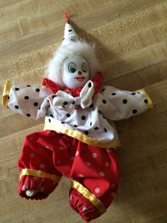 List of Synonyms and Antonyms of the Word: Collectible Clowns