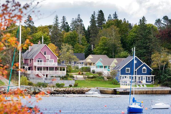 Honeysuckle Cottage, Hubbards