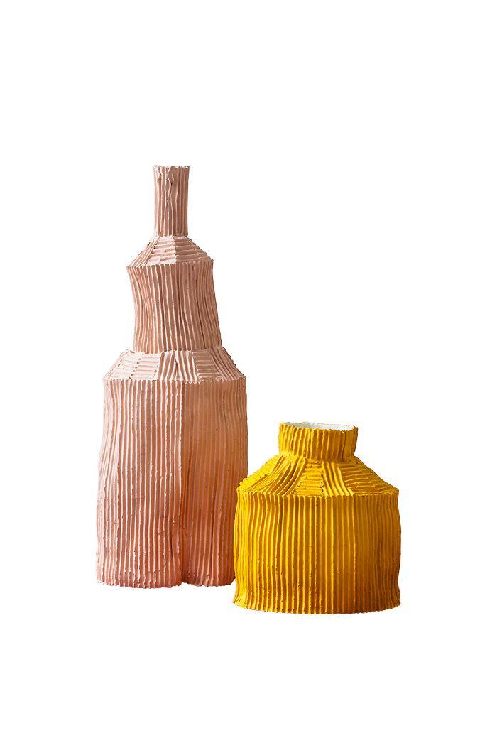 Sous leur aspect fragile de papier plié, ces pots Fide sont des créations en argile de la céramiste Paola Paronetto. (Paola Paronetto)