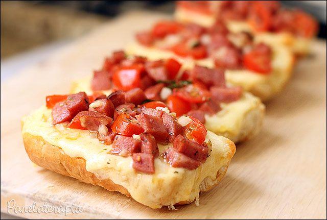 Bruschettas de Calabresa ~ PANELATERAPIA - Blog de Culinária, Gastronomia e Receitas