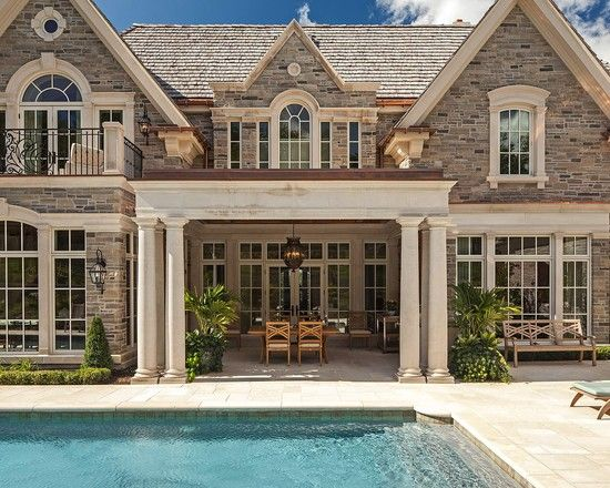 Love the back of this house!