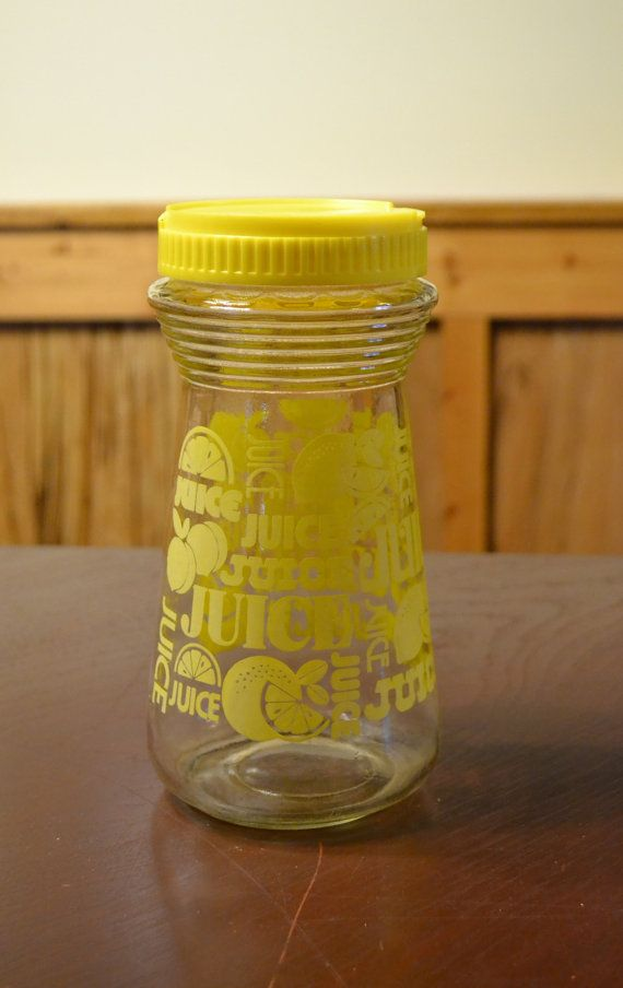Vintage Glass Juice Carafe Pitcher with Lid Yellow by PanchosPorch