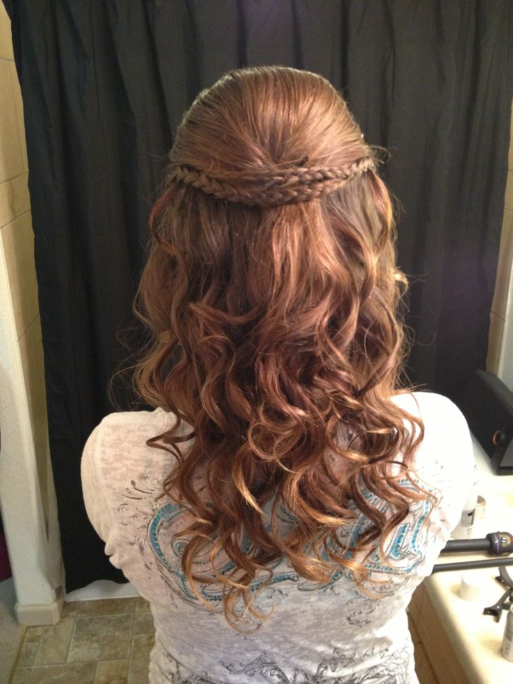 Hairstyles for middle school prom : Homecoming hairstyle school dances