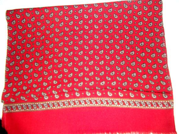 Hot red paisley vintage shawl wool by CHEZELVIRE on Etsy, $10.00
