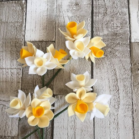 Felt Narcissi 3 felt flowers handmade flowers by TinyandToad