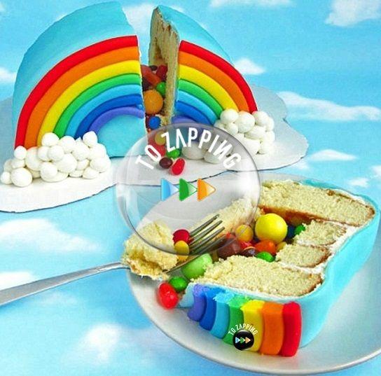 Cómo hacer una tarta piñata con forma de arco iris
