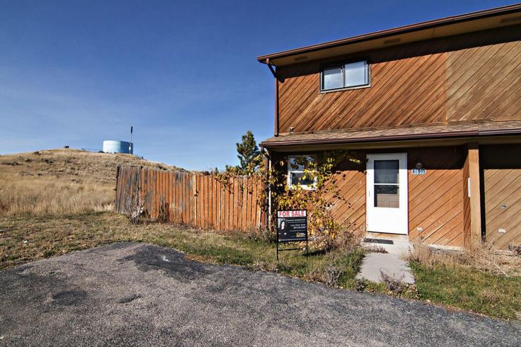 Gillette, WY home for sale! 2699 Sassick St - 2 bd, 1.5 ba, 1024 sqft. Call Team Properties Group for your showing 307.685.8177