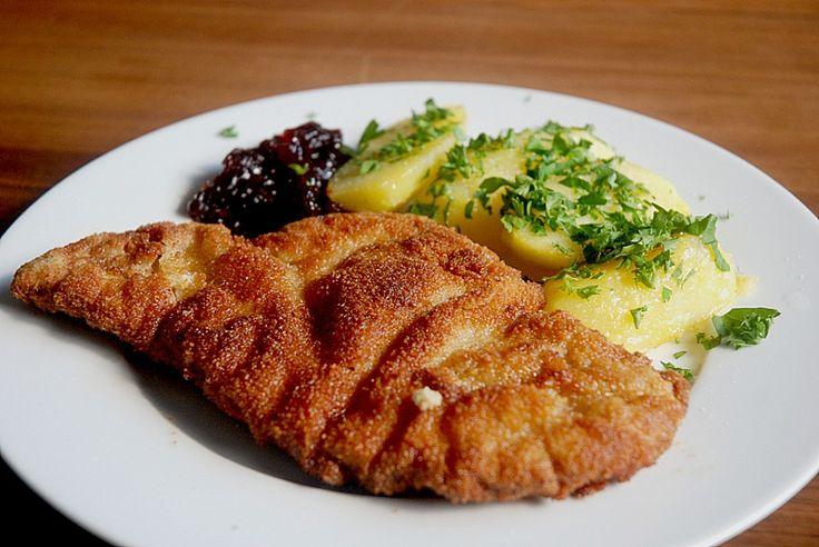 Original Wiener Schnitzel mit Petersilienkartoffeln, ein schmackhaftes Rezept aus der Kategorie Kartoffeln. Bewertungen: 333.…