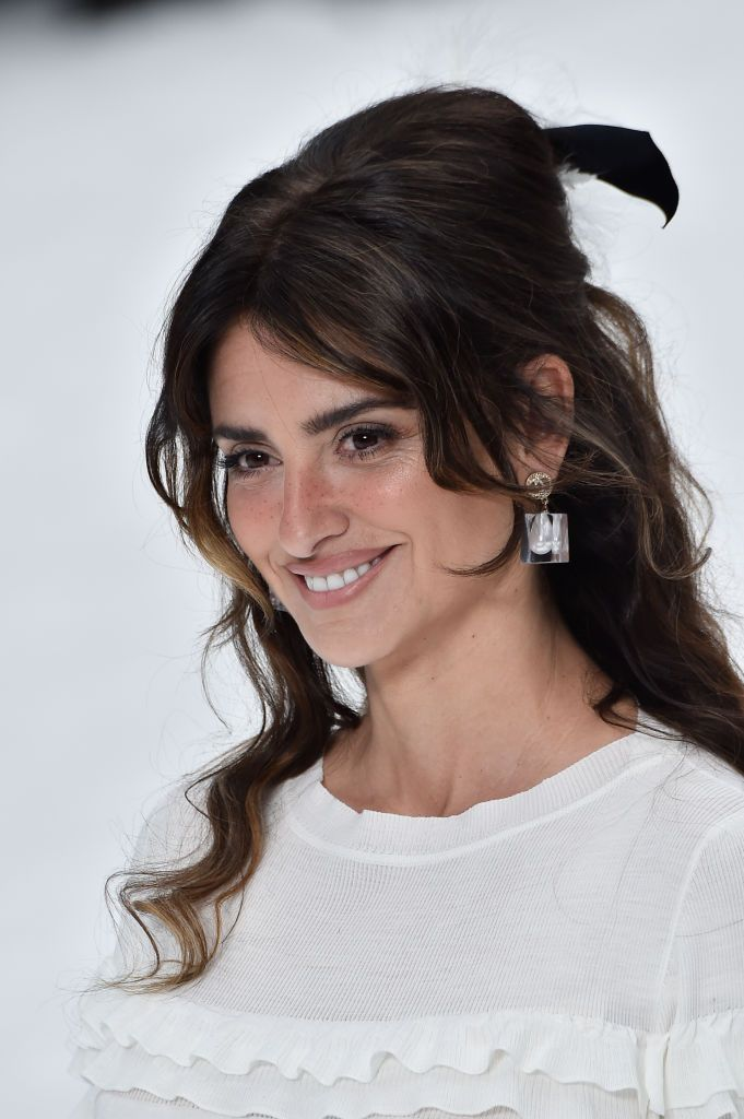 202abe304 PARIS, FRANCE - MARCH 05: Penelope Cruz walks the runway during the Chanel  show as part of the Paris Fashion Week Womenswear Fall/Winter 2019/2020 on  March ...