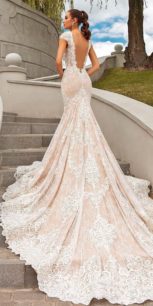 30 Brilliant Crystal Design Wedding Dresses