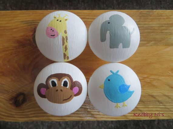 Pépinière adorables animaux boutons de tiroir par KnobbyNis