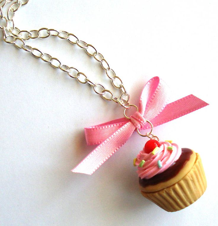 collier cupcake fimo