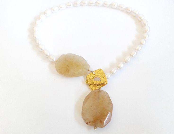 Collane con perle - girocollo perle di fiume e quarzo giallo - un prodotto unico…