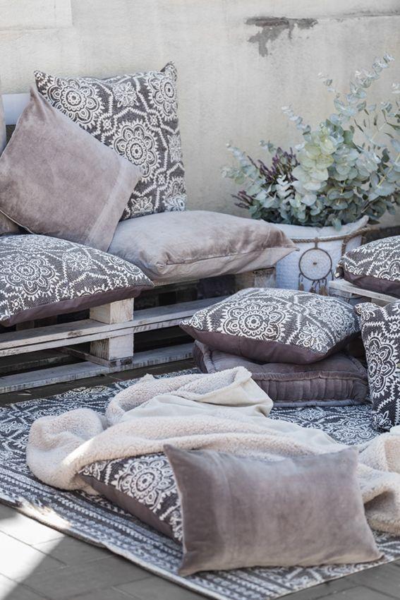 llena los exteriores de textiles y disfruta del aire fresco en otoo e invierno como en