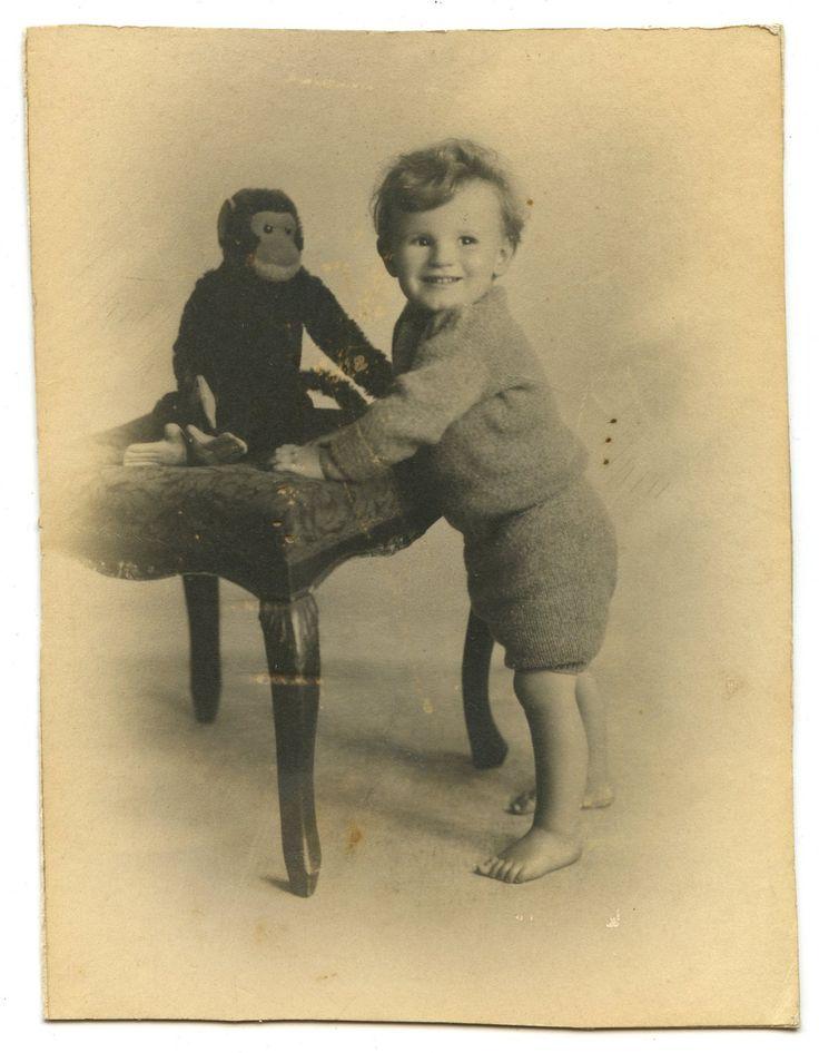 Little Boy & Steiff Jocko Monkey Toy Antique Vintage Photo 1920s by AuntieGVintage on Etsy https://www.etsy.com/listing/190738248/little-boy-steiff-jocko-monkey-toy