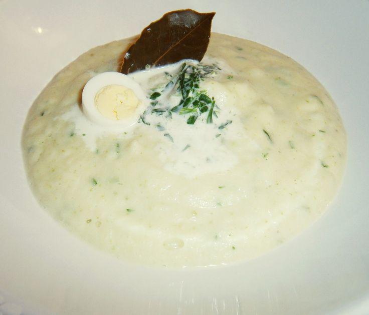 Supă de păstrânac cu sos de pătrunjel