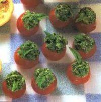 kerstomaatjes met pesto