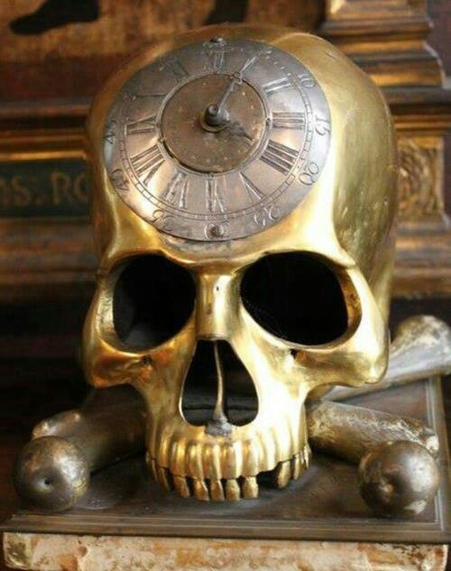 Ring In The Steampunk Decor To Pimp Up Your Home: 17 Best Images About Memento Mori On Pinterest