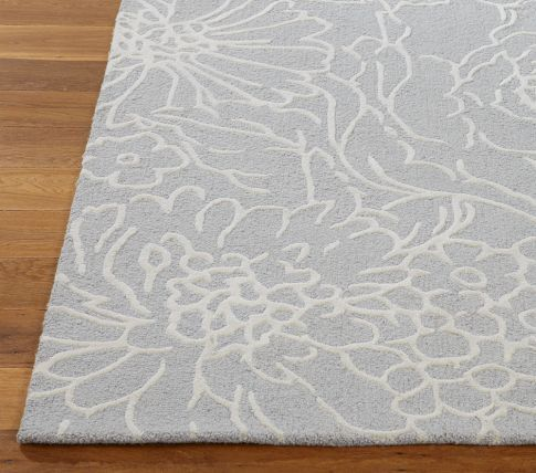 Cute rug for the guest room