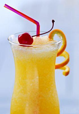 Cocktail Punch Exotique : une recette de Punch Exotique facile et rapide à préparer pour une soirée regroupant plusieurs personnes. Le rhum agricole se marie parfaitement avec le jus de fruits exotiques