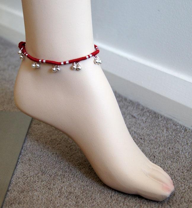 Maroon handmade Anklet
